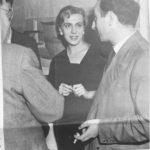 1956 Emilia Maino con il pittore Rino Carrara alla Galleria Totti, 13 ottobre 1956